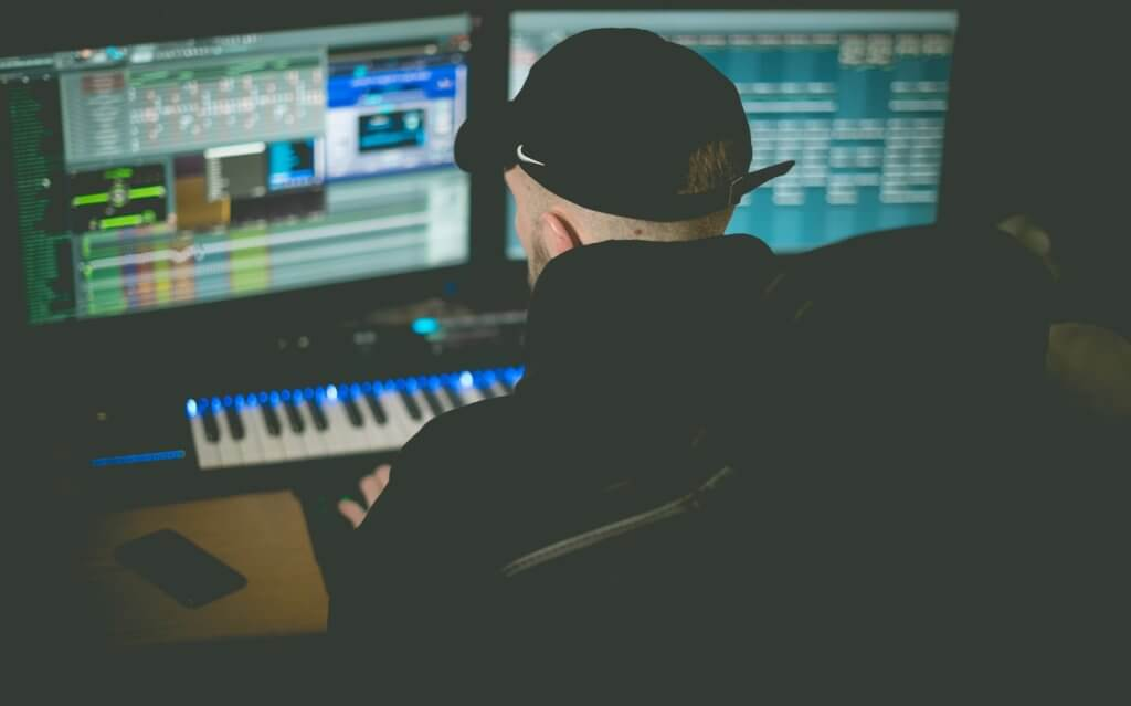 Study: 71% Of UK Music Producers & Engineers Have Done Free Work